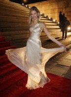 Moment of Swank: Karolina Kurkova in Carlos Miele
